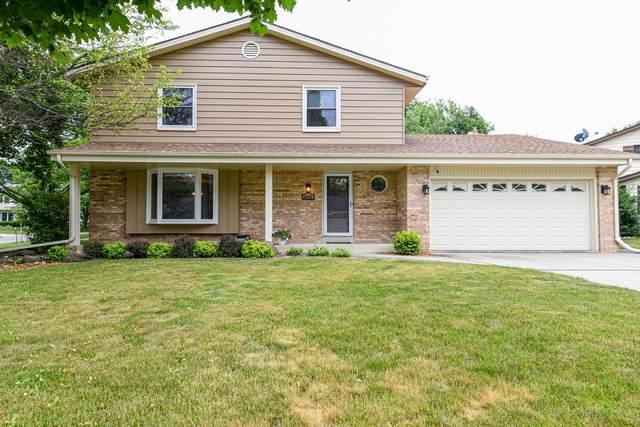 6602 Hollyhock Ct, Greendale, WI 53129 (#1694513) :: Keller Williams Realty - Milwaukee Southwest