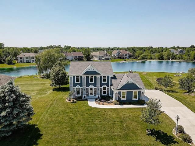527 E Red Pine Cir, Dousman, WI 53118 (#1694516) :: OneTrust Real Estate