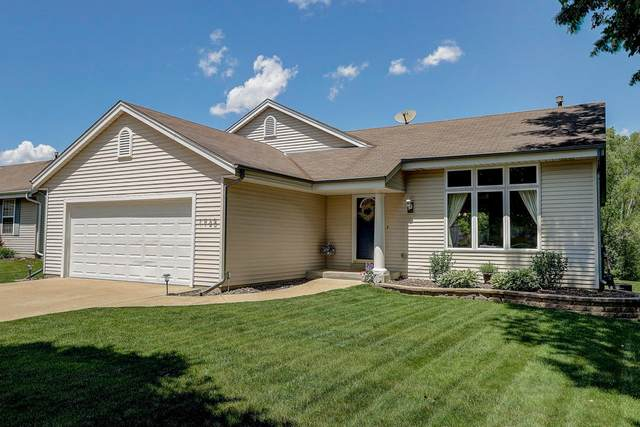 1725 Rempe Dr, Waukesha, WI 53186 (#1694705) :: NextHome Prime Real Estate