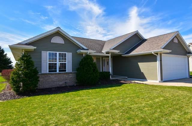 388 Falcon Dr, Pulaski, WI 54162 (#1695629) :: OneTrust Real Estate