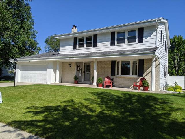 N77W5385 Bywater Ln, Cedarburg, WI 53012 (#1695807) :: RE/MAX Service First Service First Pros