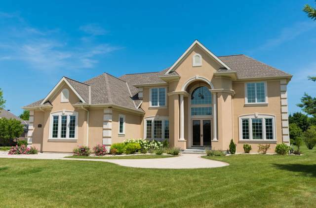 7576 S Joshua Ct, Franklin, WI 53132 (#1695965) :: OneTrust Real Estate