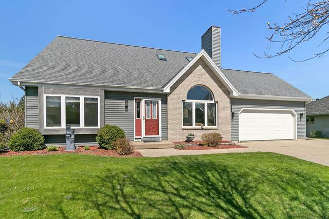 2429 47th Ct, Kenosha, WI 53144 (#1696051) :: RE/MAX Service First Service First Pros