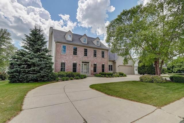 N50W17229 Chestnut Rd, Menomonee Falls, WI 53051 (#1696303) :: OneTrust Real Estate