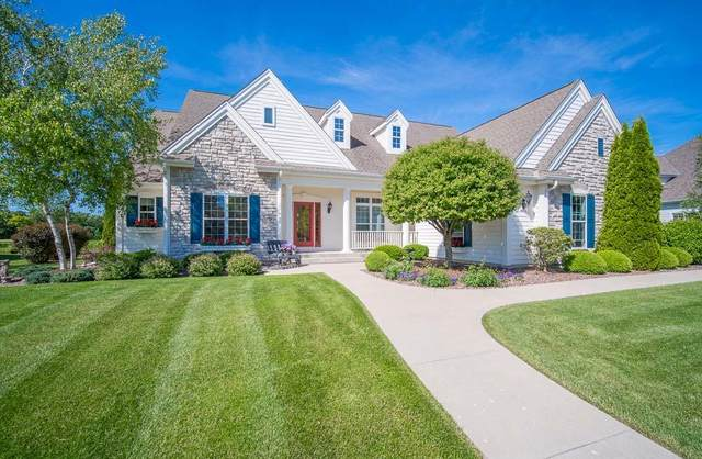 1829 River Lakes Rd S, Oconomowoc, WI 53066 (#1696366) :: RE/MAX Service First