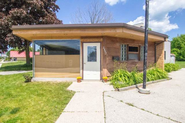 2809 Lincoln Ave, Two Rivers, WI 54241 (#1696495) :: OneTrust Real Estate