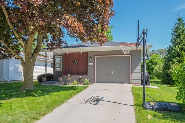 1244 Mac Arthur Ave, Sheboygan, WI 53083 (#1696572) :: OneTrust Real Estate