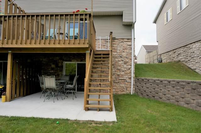 W163N11488 Windsor Ct, Germantown, WI 53022 (#1696616) :: Keller Williams Realty - Milwaukee Southwest