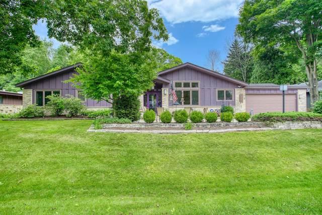 6930 N Beech Tree Dr, Glendale, WI 53209 (#1696794) :: OneTrust Real Estate