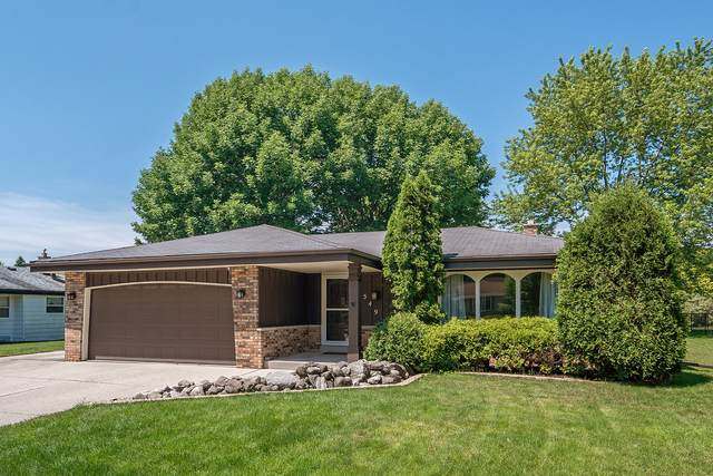 7549 S 72nd St, Franklin, WI 53132 (#1696867) :: Keller Williams Realty - Milwaukee Southwest