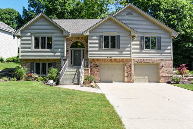 6854 W Wildwood Creek Ct, Franklin, WI 53132 (#1696912) :: Keller Williams Realty - Milwaukee Southwest