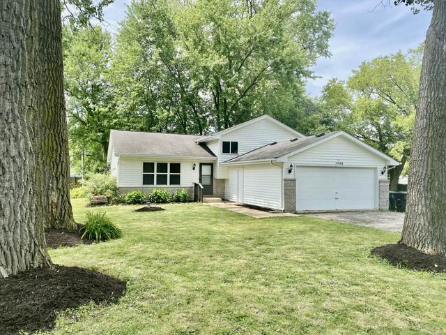 11406 270th Ave, Salem Lakes, WI 53179 (#1697069) :: Tom Didier Real Estate Team