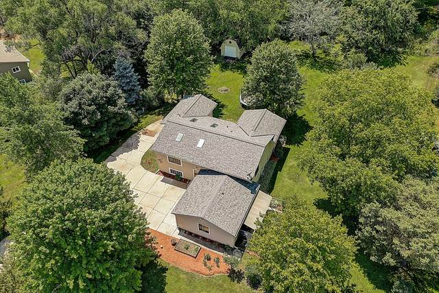 W278S8725 Lookout Ln, Vernon, WI 53149 (#1697077) :: OneTrust Real Estate