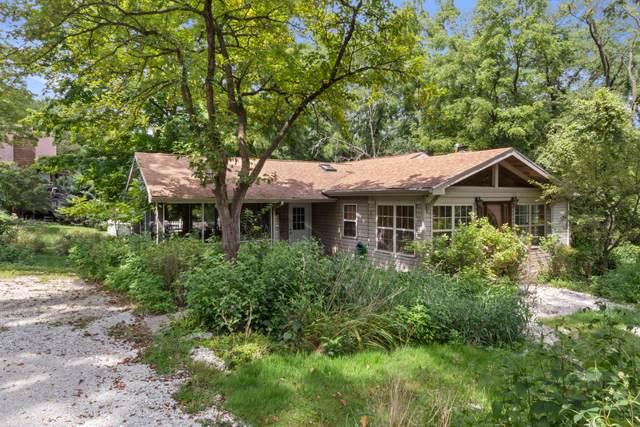 N1415 Maple Hills Dr, Linn, WI 53125 (#1697084) :: OneTrust Real Estate