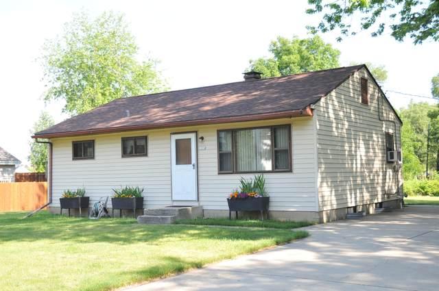 1204 E Randy Rd, Oak Creek, WI 53154 (#1697095) :: Keller Williams Realty - Milwaukee Southwest