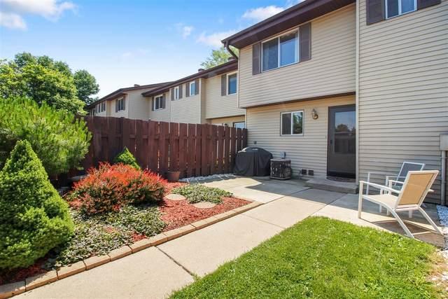 N115W16565 Abbey Ct, Germantown, WI 53022 (#1697136) :: Keller Williams Realty - Milwaukee Southwest