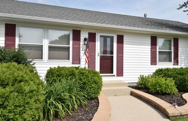 612 Wisconsin Ave, Twin Lakes, WI 53181 (#1697137) :: Tom Didier Real Estate Team