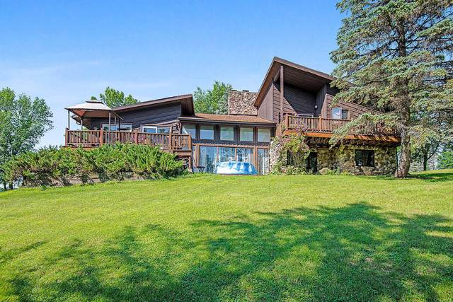 8624 County Road F, Newton, WI 53063 (#1697225) :: Tom Didier Real Estate Team