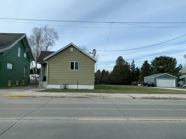 1310 Madison St, Two Rivers, WI 54241 (#1697235) :: Tom Didier Real Estate Team