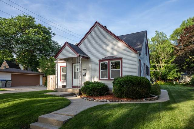 3918 S 58th St, Milwaukee, WI 53220 (#1697242) :: OneTrust Real Estate