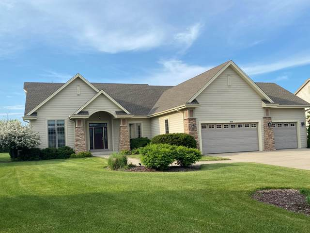 6648 W River Pointe Dr, Franklin, WI 53132 (#1697250) :: Keller Williams Realty - Milwaukee Southwest
