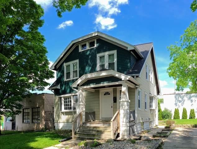 1906 S 70th St #1908, West Allis, WI 53219 (#1697301) :: Keller Williams Realty - Milwaukee Southwest