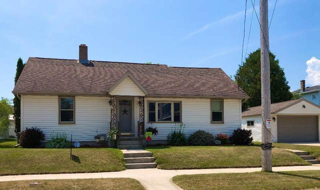 809 21st St, Two Rivers, WI 54241 (#1697361) :: Tom Didier Real Estate Team