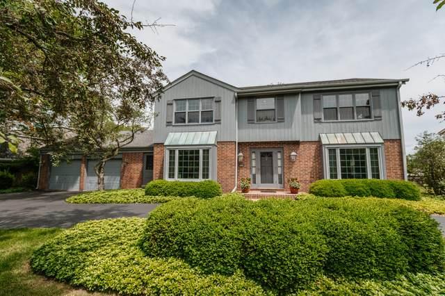 9430 N Broadmoor Rd, Bayside, WI 53217 (#1697396) :: OneTrust Real Estate