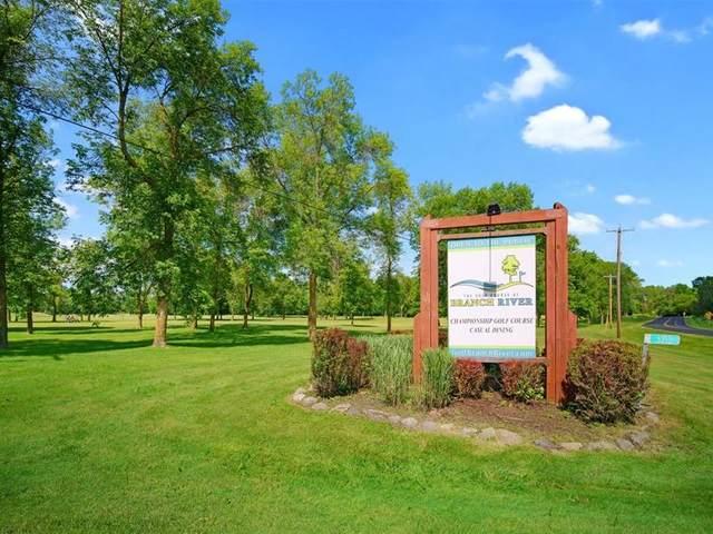 3212 N Union Rd, Manitowoc Rapids, WI 54220 (#1697404) :: Tom Didier Real Estate Team