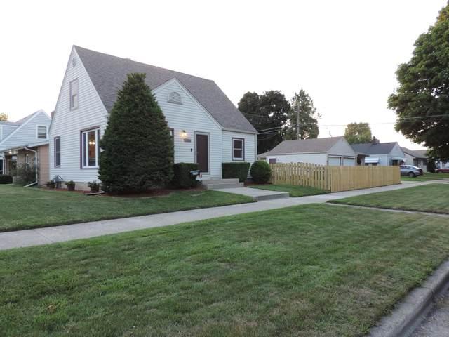 2706 Blaine Ave, Racine, WI 53405 (#1697522) :: Tom Didier Real Estate Team