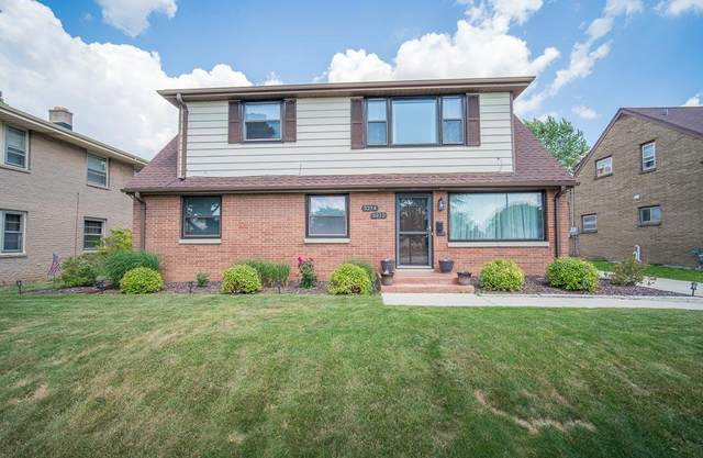 3212 S 76th St #3214, Milwaukee, WI 53219 (#1697590) :: Keller Williams Realty - Milwaukee Southwest