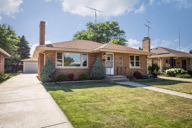 7842 34th Ave, Kenosha, WI 53142 (#1697661) :: Tom Didier Real Estate Team