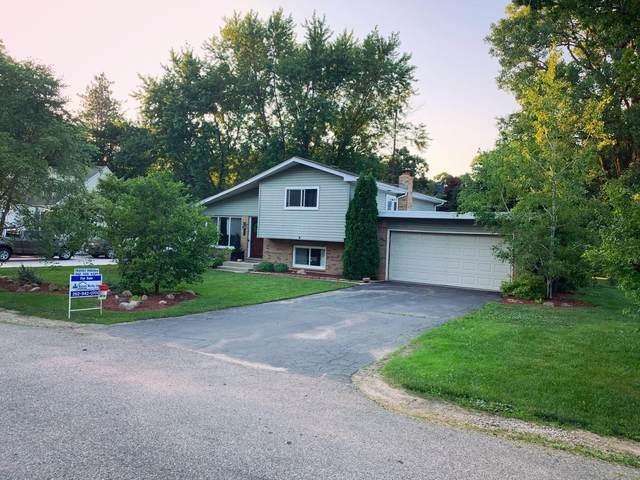 114 W Elm St, Salem Lakes, WI 53170 (#1697719) :: Tom Didier Real Estate Team