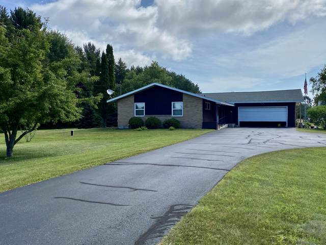 N2656 Roosevelt Rd, Marinette, WI 54143 (#1697756) :: RE/MAX Service First Service First Pros