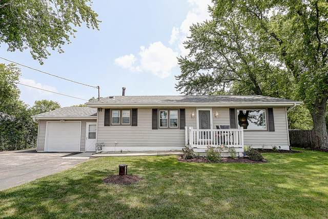 3121 72nd Ave, Somers, WI 53144 (#1698017) :: RE/MAX Service First Service First Pros