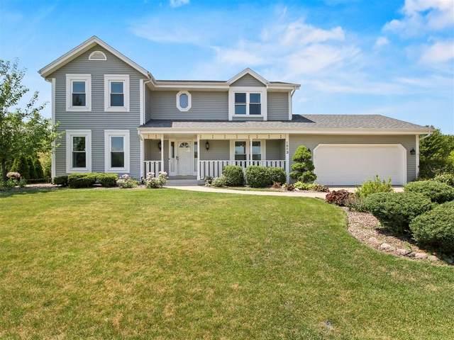 6853 S Tumblecreek Dr, Franklin, WI 53132 (#1698114) :: OneTrust Real Estate
