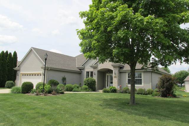 7902 Lakeview Rd, Waterford, WI 53185 (#1698176) :: OneTrust Real Estate