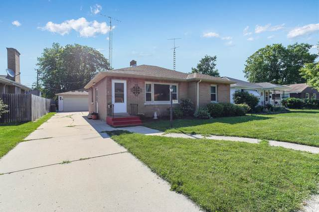 3715 17th Ave, Kenosha, WI 53140 (#1698213) :: OneTrust Real Estate