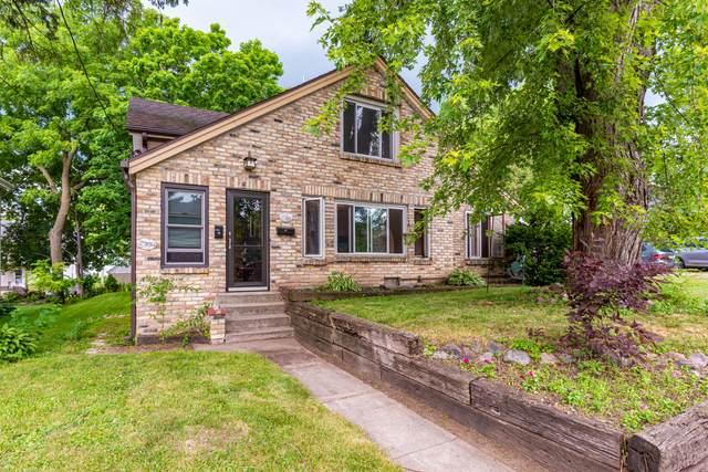 503/503A Second St, Hartford, WI 53027 (#1698313) :: Tom Didier Real Estate Team