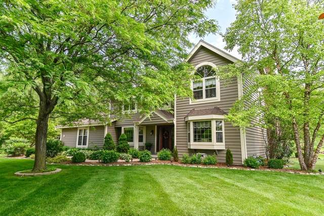 12022 N Ridgeway Ave, Mequon, WI 53097 (#1698338) :: RE/MAX Service First Service First Pros