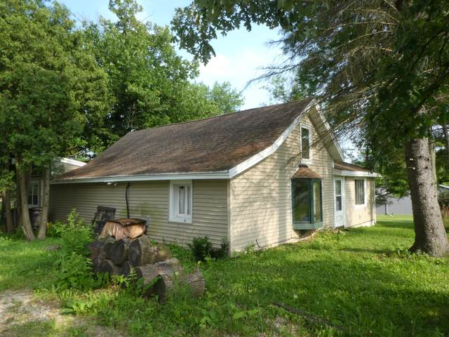6015 Town Line Rd, Norway, WI 53185 (#1698549) :: RE/MAX Service First Service First Pros