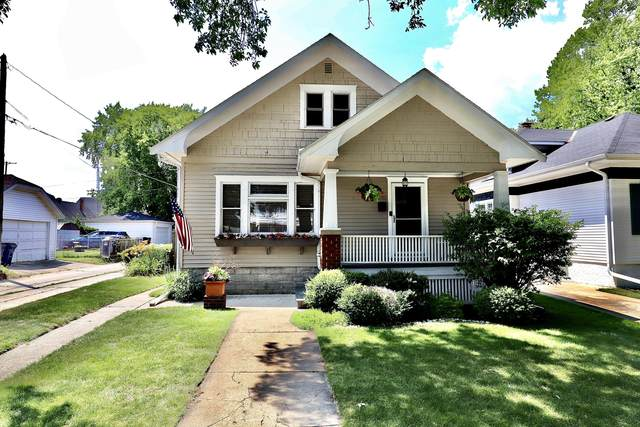 1532 Westlawn Ave, Racine, WI 53405 (#1698581) :: RE/MAX Service First Service First Pros
