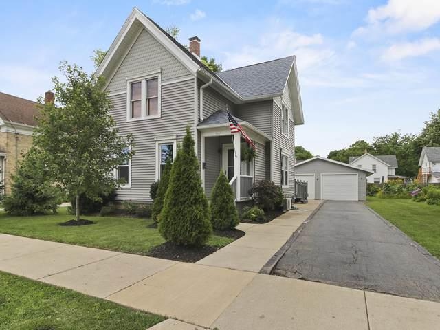 441 Kendall St, Burlington, WI 53105 (#1698683) :: OneTrust Real Estate