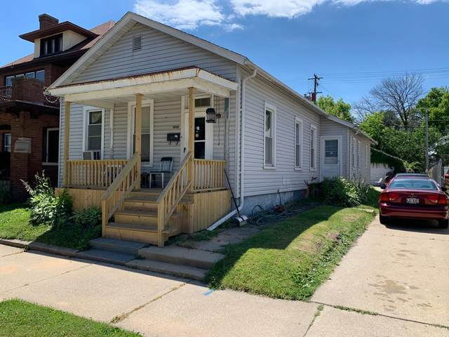 1034 Park Ave, Racine, WI 53403 (#1698687) :: RE/MAX Service First Service First Pros