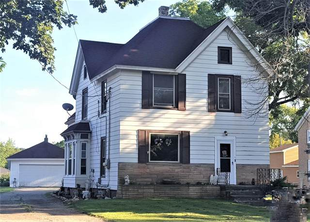 3015 Main St, East Troy, WI 53120 (#1698711) :: RE/MAX Service First Service First Pros