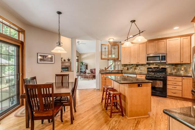 5815 S Murray St, New Berlin, WI 53151 (#1698899) :: OneTrust Real Estate