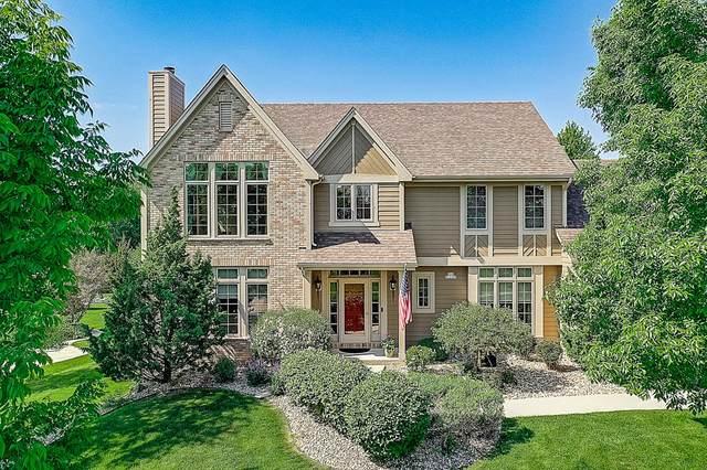 N64W13328 Crestwood Dr, Menomonee Falls, WI 53051 (#1698913) :: OneTrust Real Estate