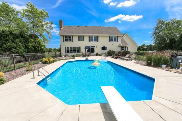 W291N3429 Summerhill Rd, Delafield, WI 53072 (#1699057) :: OneTrust Real Estate