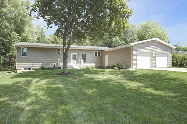 W5132 Strawberry Hill Rd, Sugar Creek, WI 53121 (#1699188) :: OneTrust Real Estate