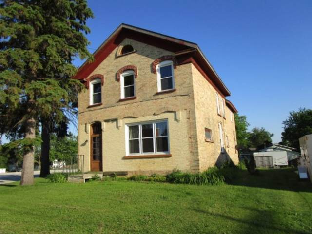 217 Court St, Chilton, WI 53014 (#1699425) :: RE/MAX Service First Service First Pros